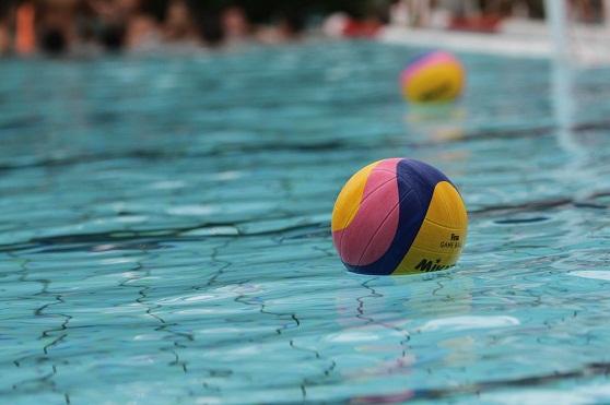 Sportpromotie op zwembad Het Elderink te Hengelo! Kom Waterpolo spelen!